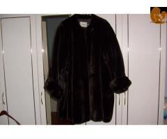 Eladnám az új szőrme kabátom